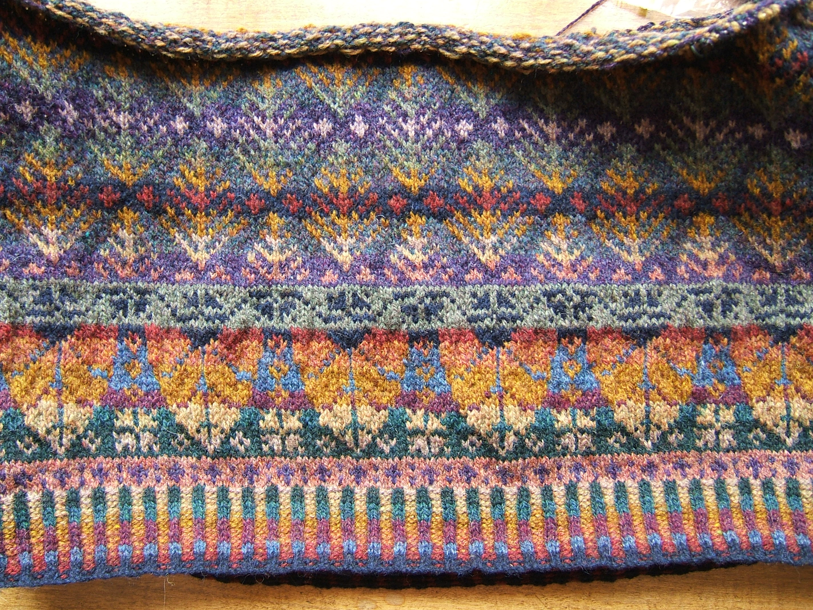 Fair Isle Patterns For Knitting : Fair Isle West Coast Knitter